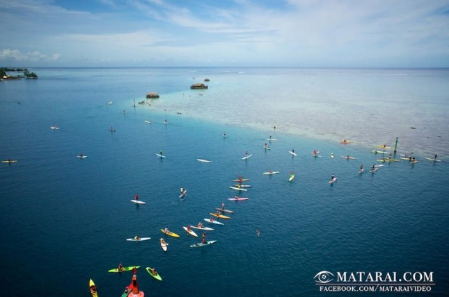 SUP Racing in Tahiti - Taaroa Race