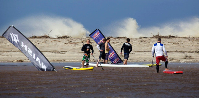 Stand-Up-Paddle-board-race-in-South-Africa