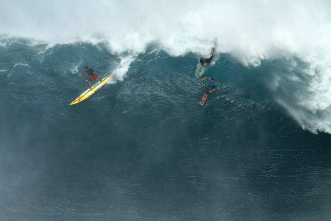 Jamie Mitchell surfing Jaws with Kai Lenny