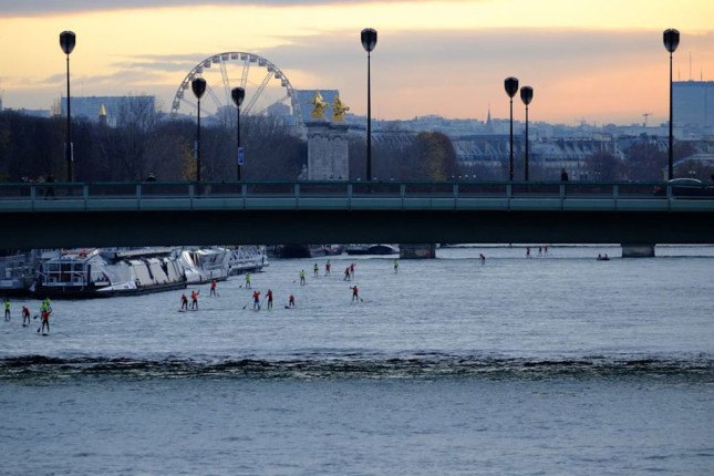 Stand Up Paddling in Paris