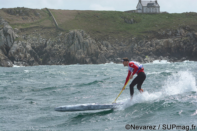 Downwind stand up paddling France