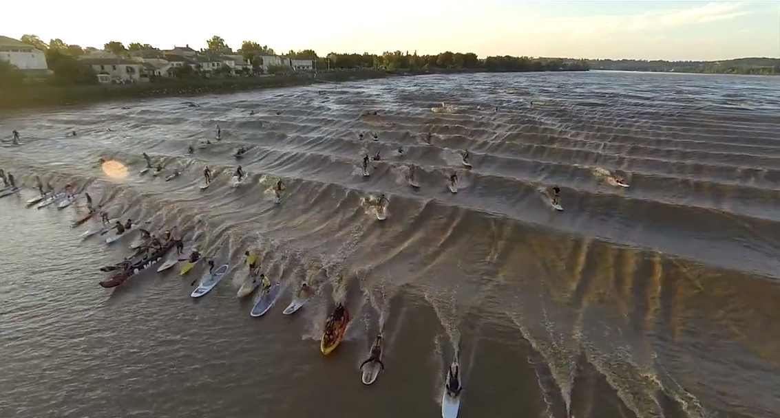 Watch 77 Paddlers Surfing The Same Wave In A River In France Sup Racer