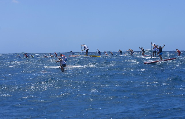 Stand Up Paddling open ocean