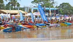 Stand-Up-Paddling-Race-Noosa-Festival-of-Surfing