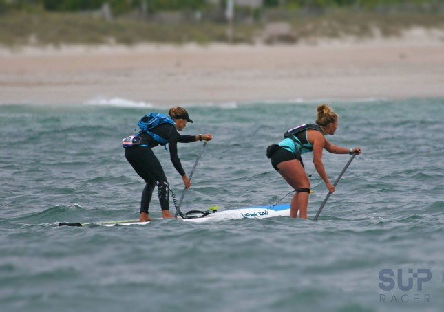 Annabel Anderson and Fiona Wylde with an early lead on Saturday (photo: Chris McQuiston for SUP Racer)