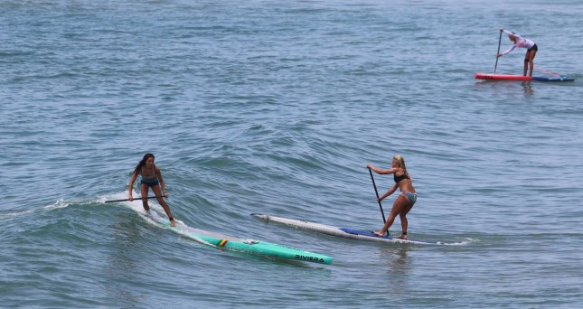 women's stand up paddle race