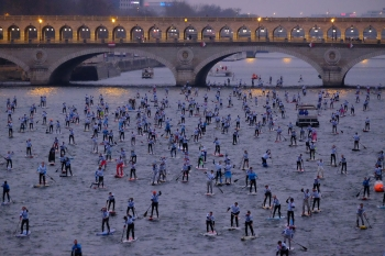 Paris-Crossing-stand-up-paddle