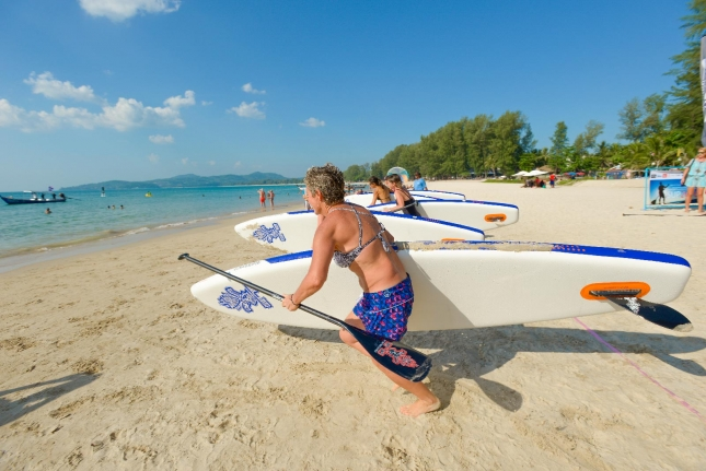 inflatable stand up paddle race