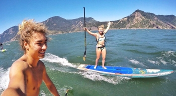 Fiona Wylde stand up paddling Hood River Oregon