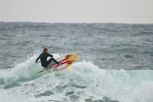 casper-steinfath-stand-up-paddleboard-surfing-in-korea