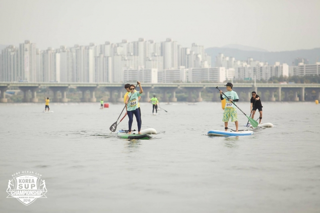 korea-stand-up-paddleboard-race