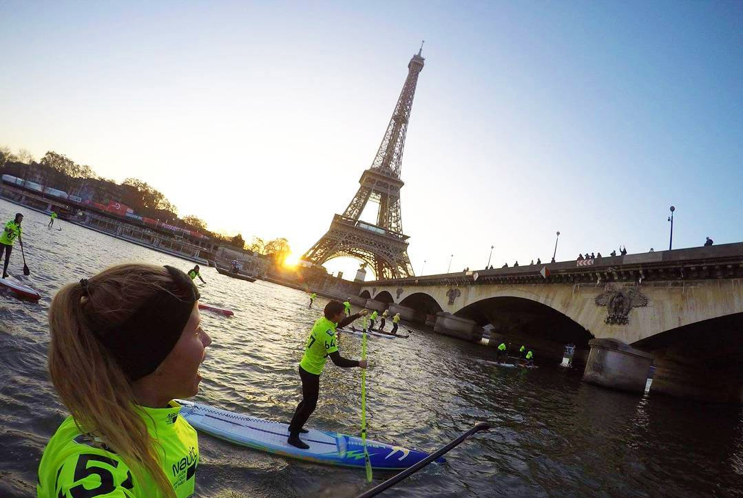 stand-up-paddleboarding-eiffel-tower-paris